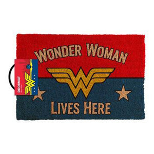 DC Comics-Wonder Woman Lives Here Doormat