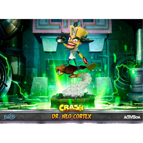 Crash Bandicoot - Dr Neo Cortex Statue