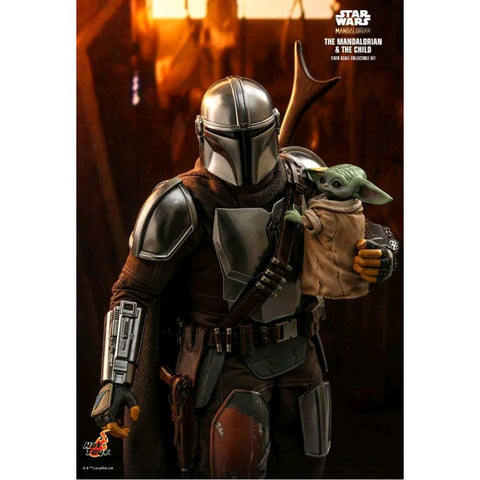 "Star Wars: The Mandalorian - Mandalorian & The Child 1:6 Scale 12"" Action Figure"