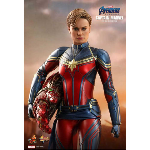"Image of Avengers 4: Endgame - Captain Marvel 1:6 Scale 12"" Action Figure"