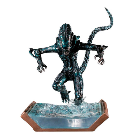 Aliens - Alien Water Attack Statue