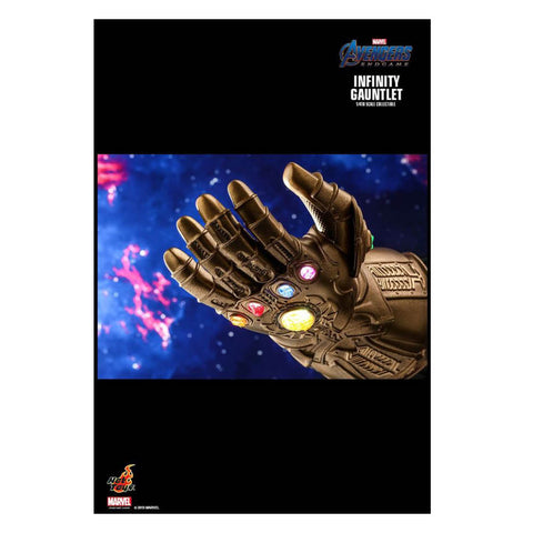 Image of Avengers 4: Endgame - Infinity Gauntlet 1:4 Scale Replica
