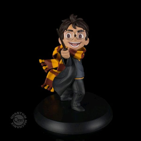 HARRY POTTER  - Harry's First Spell Q-Fig