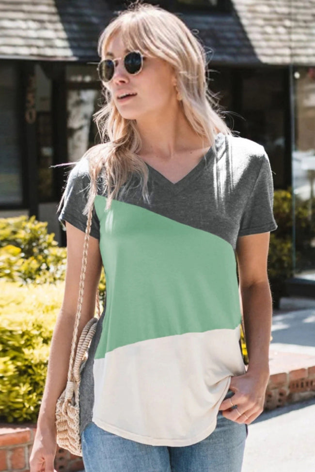 V-neck geometric short sleeve T-shirt