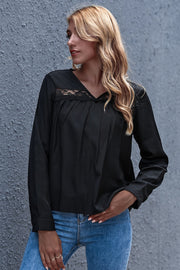 Loose Hollow Out V-Neck Base Shirt