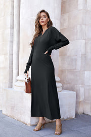 Big Swing V-neck Knit Dress