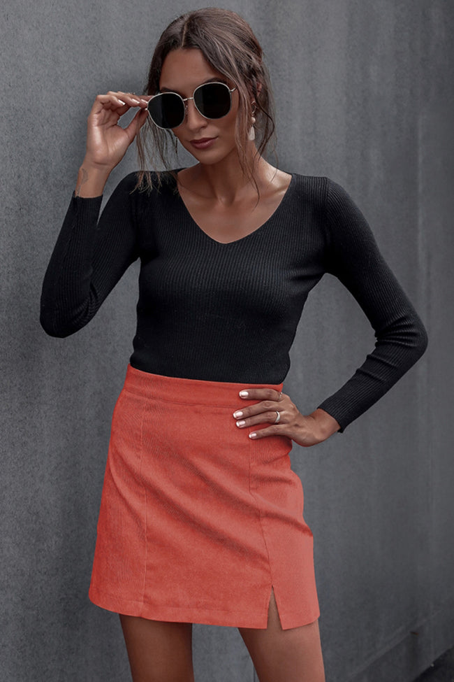 Small- slit Hips Solid Color Skirt