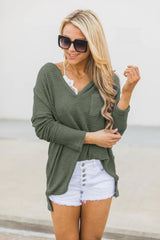 V-neck Pocket Cropped T-shirt