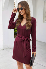 Solid Color V-neck Belt Straight Dress