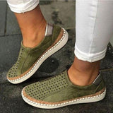 Casual Slip-on Solid Color Sneakers - Pavacat