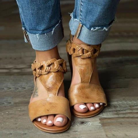 Chic Adjustable Buckle Pu Sandals - Pavacat
