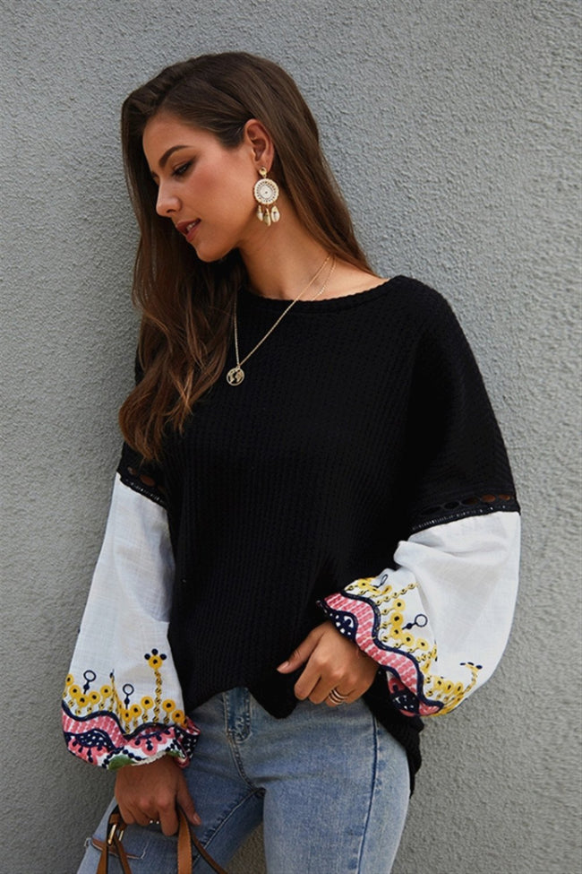 Embroidery Lantern Sleeve Loose Sweater - Pavacat