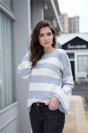 Loose Round Neck Sweater - Pavacat