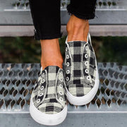 Plaid Canvas Vulcanized Sneakers - Pavacat