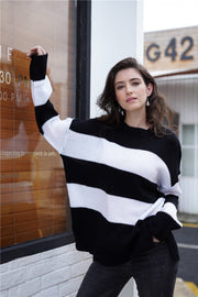 Simple Round Neck Long-sleeve Sweater - Black - Pavacat