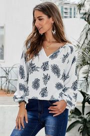 Three Quarter Length Sleeve Loose Blouse - Pavacat