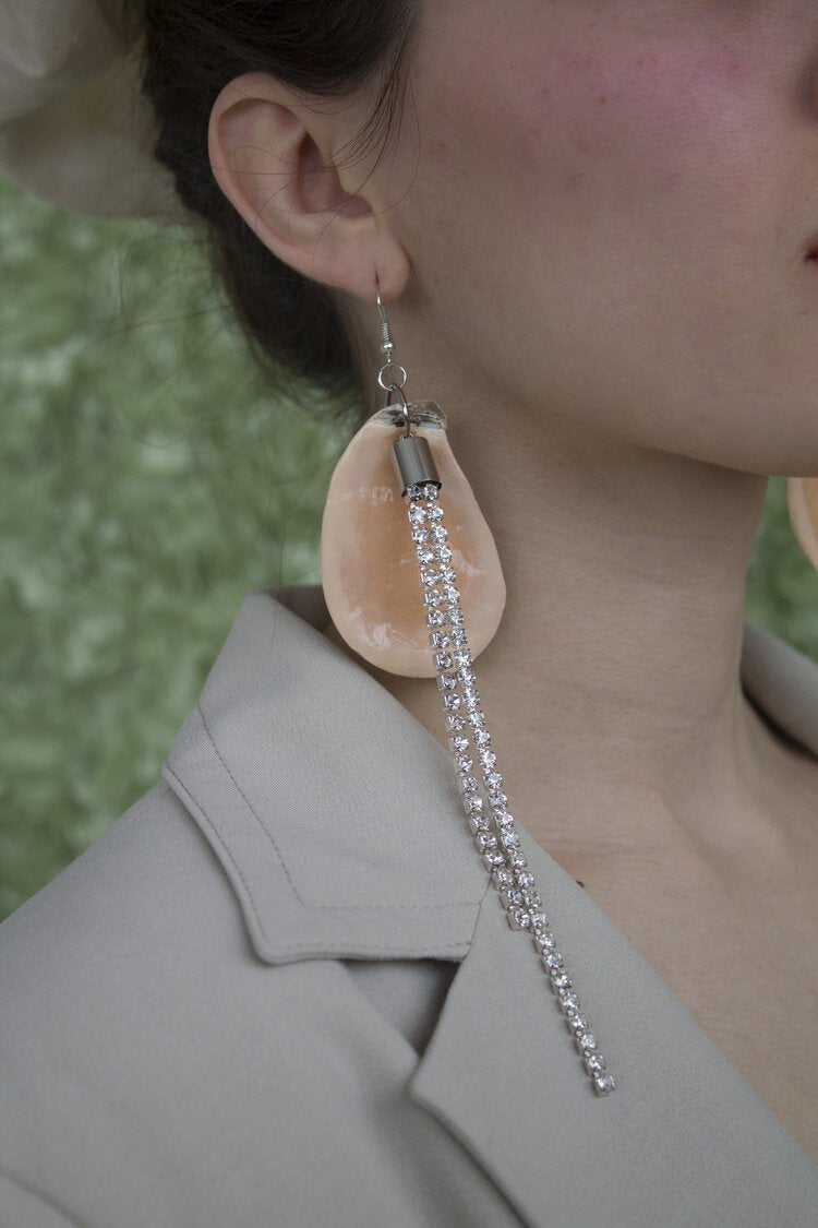 Earrings, shell earrings, oyster earrings, pearl earrings, kunst, shop kunst, kathleen, los angeles, shop kathleen, boutique
