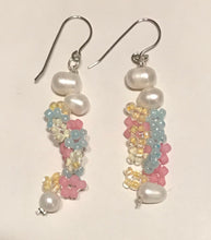 Load image into Gallery viewer, Homejob Floral Pearl & Glass Beaded Earrings