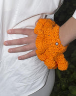 Load image into Gallery viewer, Kathleen, Shop Kathleen, Independent Designer, Crochet cuffs, Sustainable, Linen Crochet, Los Angeles Boutique, Cat Randall Duffy, Crandall Duffy, Wristlettes, Arm Warmers, Gloves, ruffles