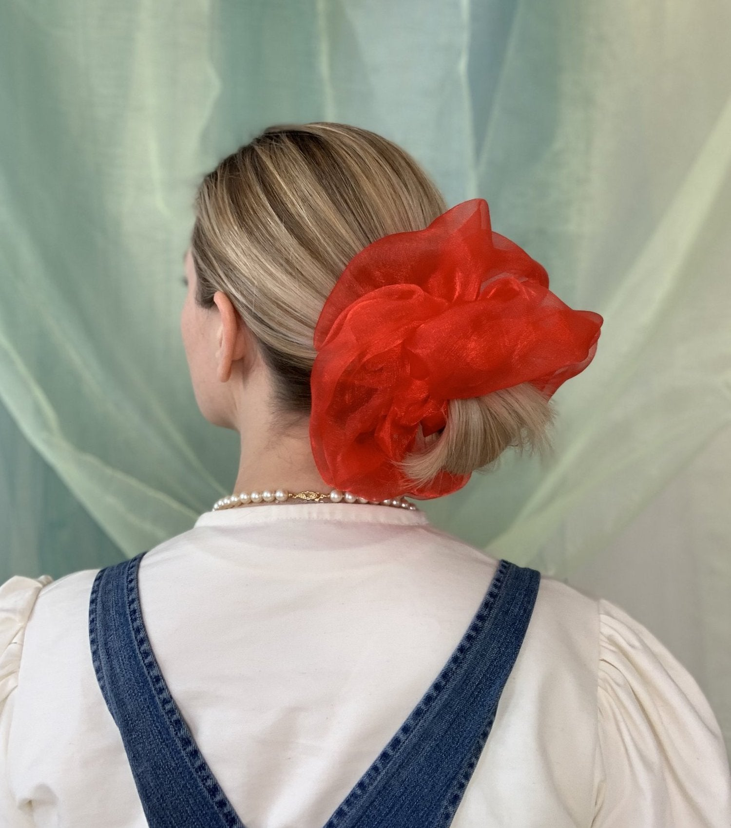 Room Shop Vintage, Scrunchie, Giant Scrunchie, Cloud Scrunchie, Organza, Kathleen, Shop Kathleen, Boutique, Los Angeles, Deadstock, Sustainable Scrunchie