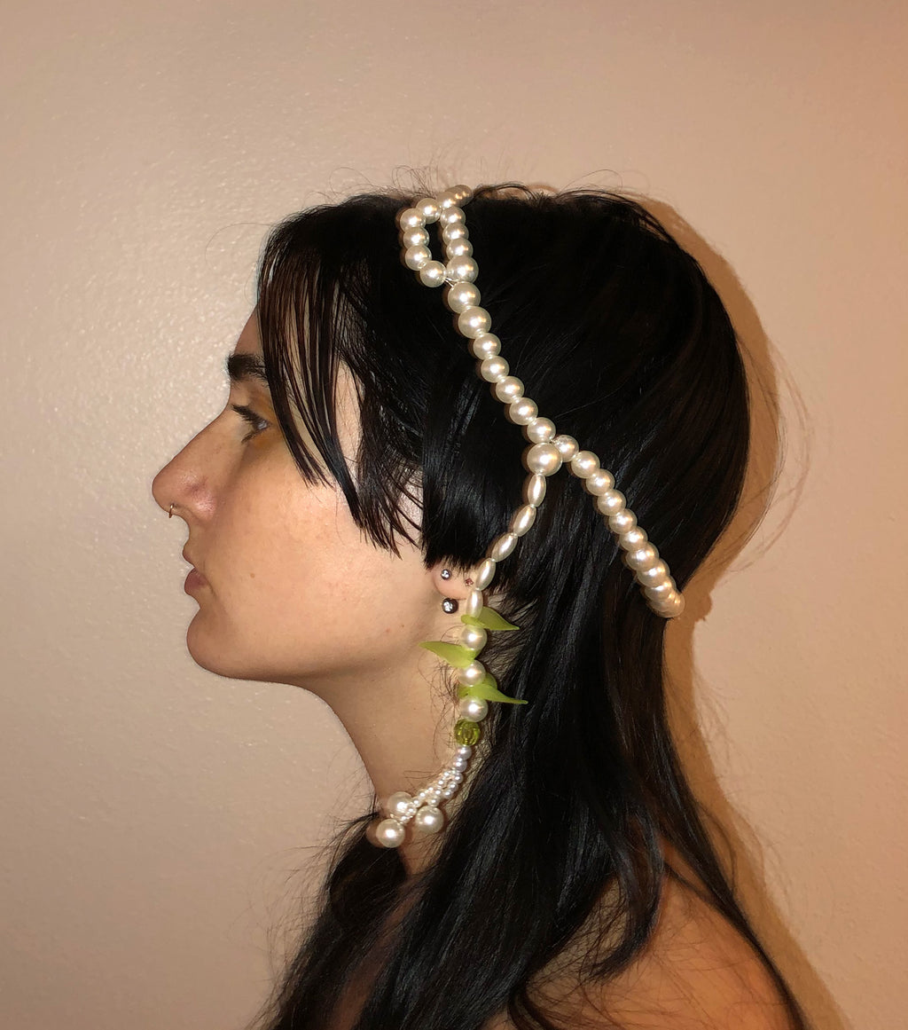 Deska, Deska Jewelry, Pearl, Headpiece, Head Jewelry, Hair Jewelry, Handmade, Los Angeles, Los Angeles Boutique, Independent Designer, Independent Artist, Kathleen, Shop Kathleen, Kathleen Los Angeles, Costume Headpiece, Costume Jewelry