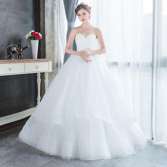 Modest Simple Affordable White Outdoor Garden Wedding Dresses