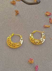 Belle Earrings 12