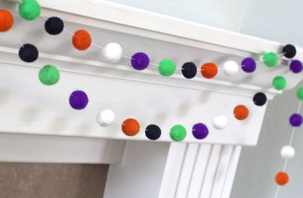 Halloween Felt Ball Garland- Black Orange Green Purple & White- Pom Pom- Nursery- Holiday- Wedding- Party- Childrens Room