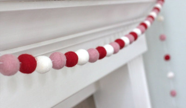 Valentine's Felt Garland- Red, Blush Pink & White Felt Ball Garland - Valentines Holiday Party Nursery Childrens Room Decor