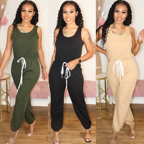 BACK TO THE BASICS JUMPSUIT
