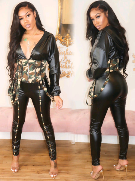RISK IT ALL LEATHER W/ CAMO CORSET PANTS SET