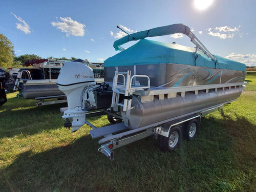 22ft Quest pontoon