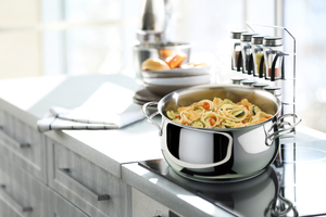 from stovetop to oven to counter top and your dining table. Make your perfect recipes and showcase in the same stewpot. For beautiful beef stew to pasta inspired from italian recipes, cook your ideal recipe in Melodia Collection from Lagostina