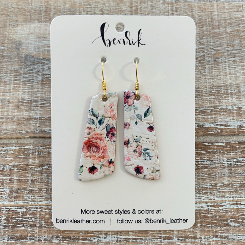The Vintage Floral Dangle Earrings