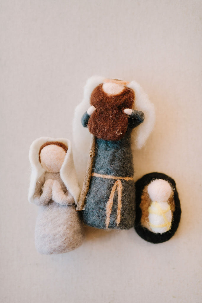 Nativity  Family (made of felt and comes boxed with a wooden star)