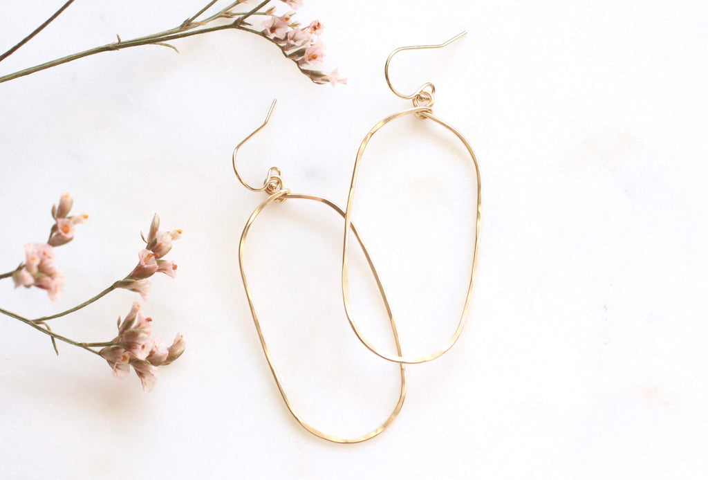 Voulez Large Oval Hammered Earrings
