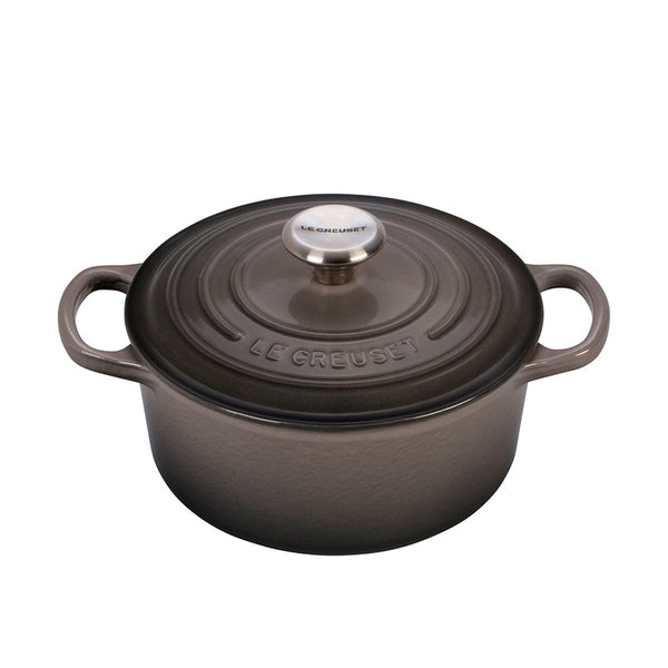 Le Creuset Signature Enameled Cast Iron Round French / Dutch Oven, 7.25 qt, Oyster - Kitchen Universe
