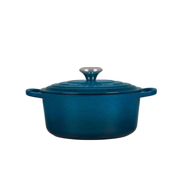 Le Creuset Signature Enameled Cast Iron Round French / Dutch Oven, 4.5 qt, Deep Teal - Kitchen Universe