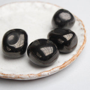 Polished Tumbled 100% Shungite Stones (100 gr) - Karelia Creations