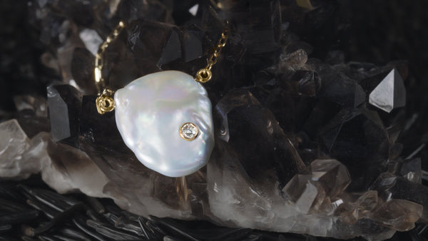 ELIZABETH PEARL DIAMOND BEZEL NECKLACE - HARRIS ZHU
