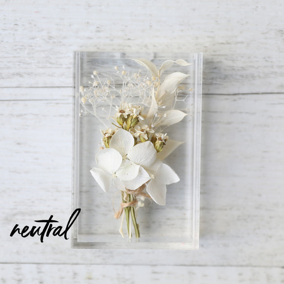 Neutral Baby Dried Flower Box