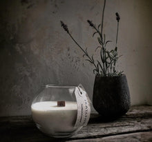 Load image into Gallery viewer, Glass Glode Luxury Soy Wax Candle