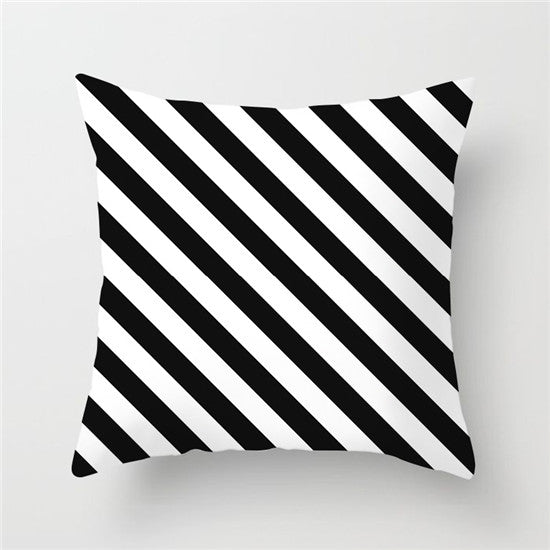 BLACK WHITE GEOMETRY CUSHION COVER COLLECTION