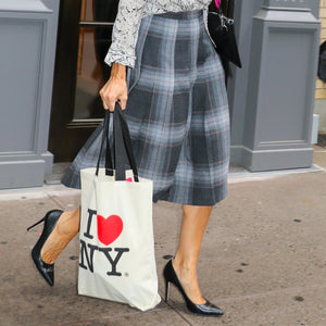 Sarah Jessica Parker- and Her Tote Bag- Love New York