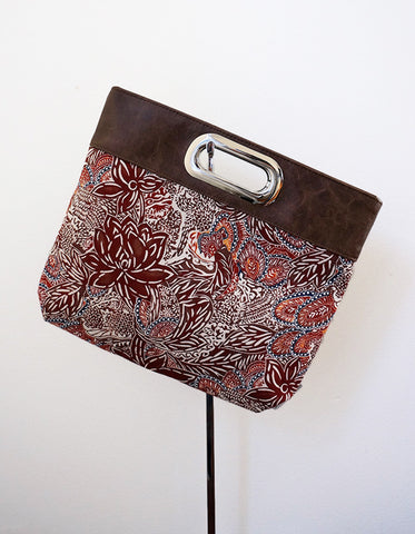 Harley (clutch, linen, graphic floral print)