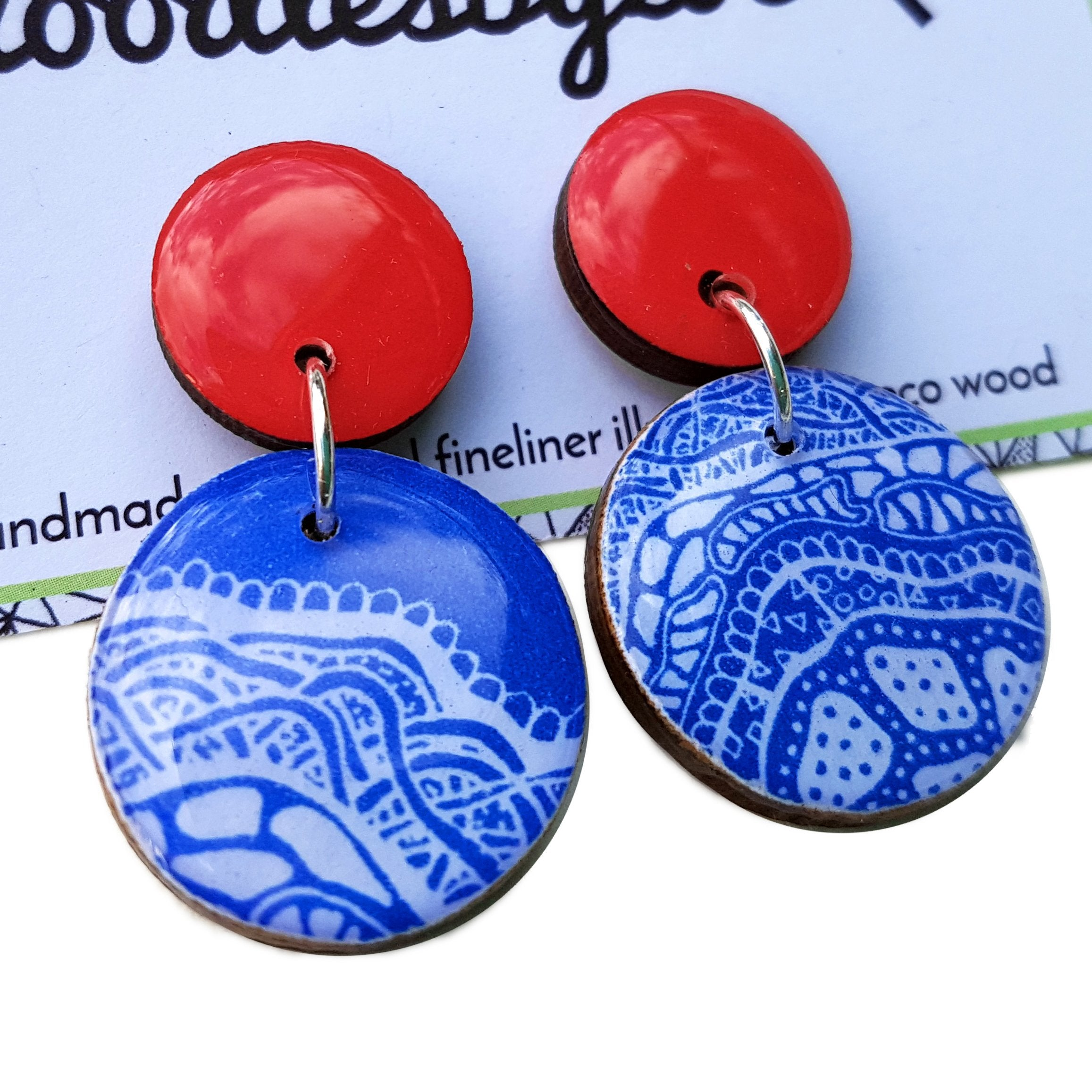double circle drop earrings in the pattern red & blue