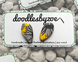 Pebble Studs // 'Yellow Daisy'