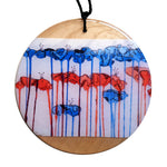 disc pendant necklace in the pattern tall poppy white