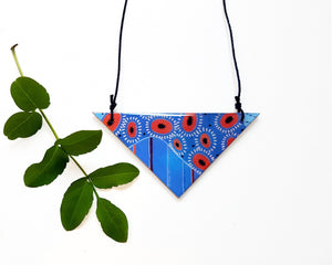 triangle pendant necklace in the pattern tall poppy blue