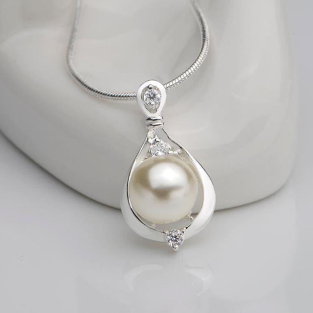 Hot Elegant Silver Color Simulated Pearl Pendant Necklace